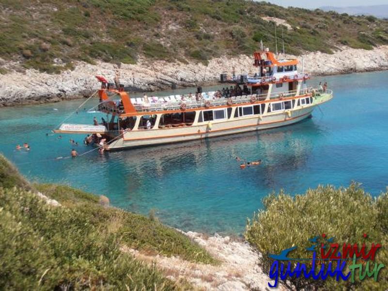 İzmir Cikisli Çeşme Tekne Turu